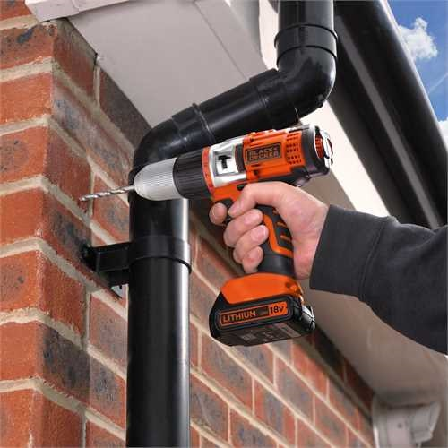 Black and Decker - Vysoce vkonn pklepov vrtaka 18 V LiIon - EGBHP188BK